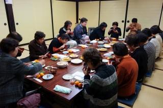 20131207(3)仏教婦人の、食べて喋って忘年会♪3